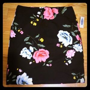 Old navy floral akirt
